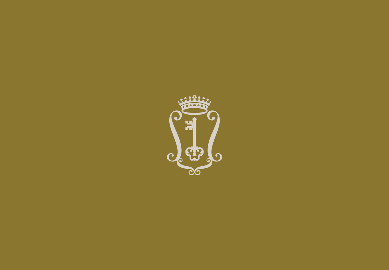 Secondary crest icon – a distillation of the many family crests found throughout the estate